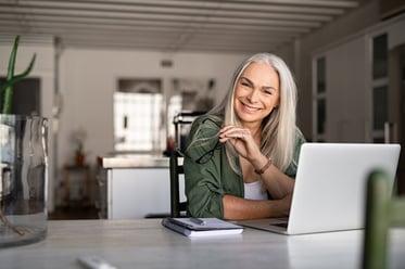 在宅勤務の導入による企業・従業員にとってのメリットを改めて理解