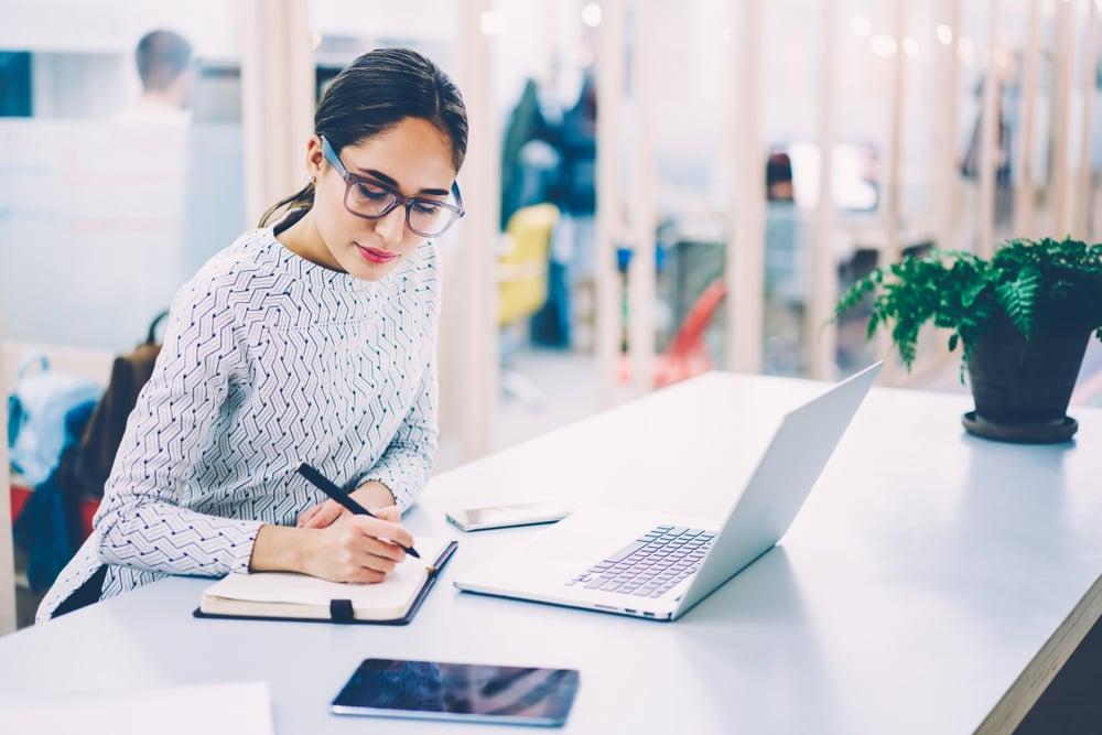 テレワークにおける業務管理の課題・ポイントと便利ツール