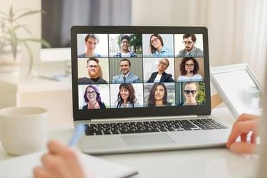 テレワークにおける仕事の可視化の重要性とその方法