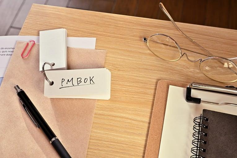 PMBOKがプロジェクトマネジメントの世界標準!PIMやPMPとの関係性から上手な活用方法までを解説