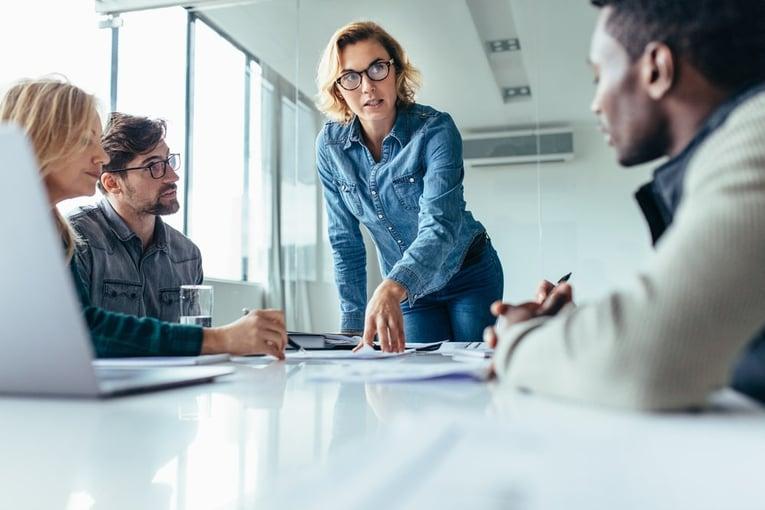 マネジメントとは一体何なのか?その手法や仕事上でのポイントを解説